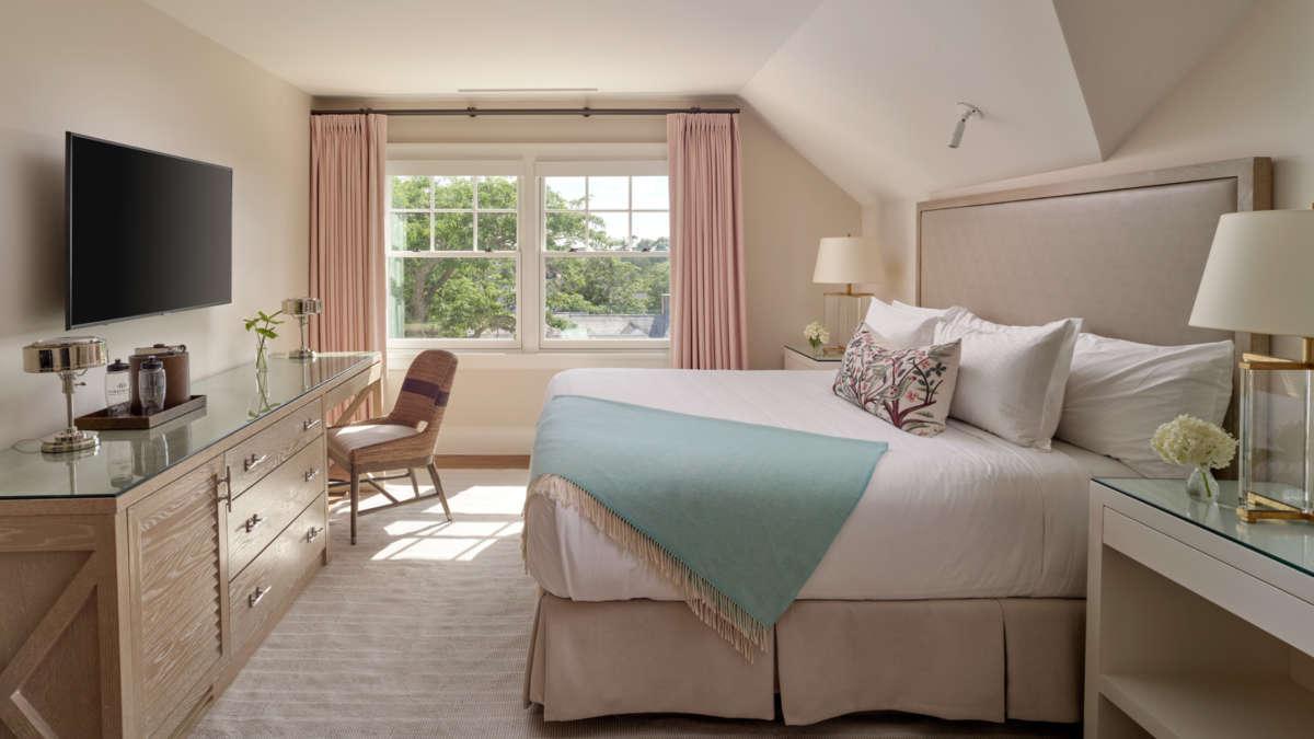 Light bright bedroom